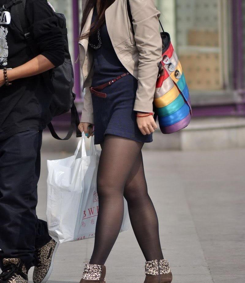 街拍长腿美女论坛图片