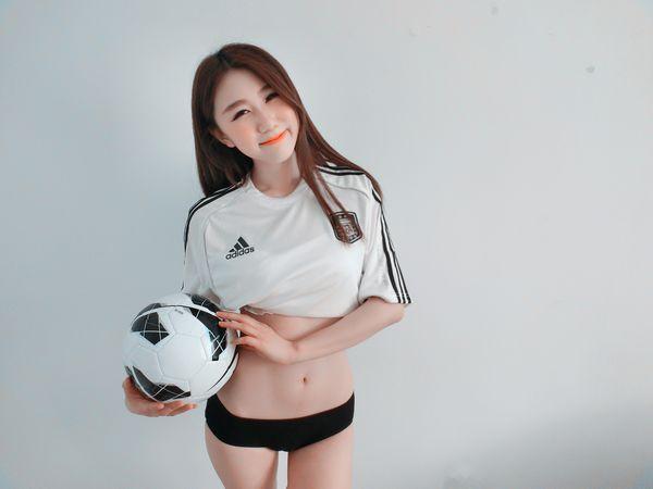 青岛小嫚性感写真