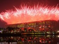 北京伦敦开幕式:真实与虚构PK 华丽与朴实的对比
