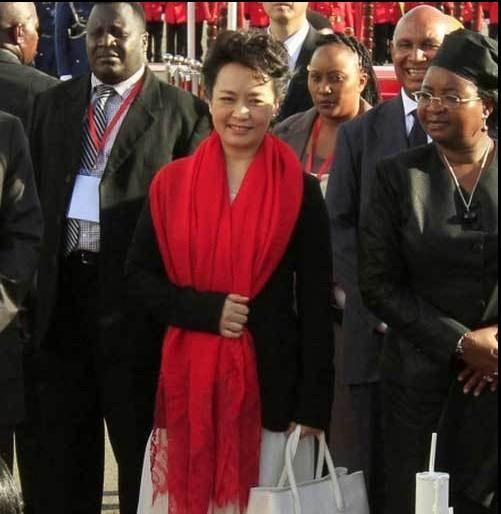 中国第一夫人——中国外交一张靓丽的名片