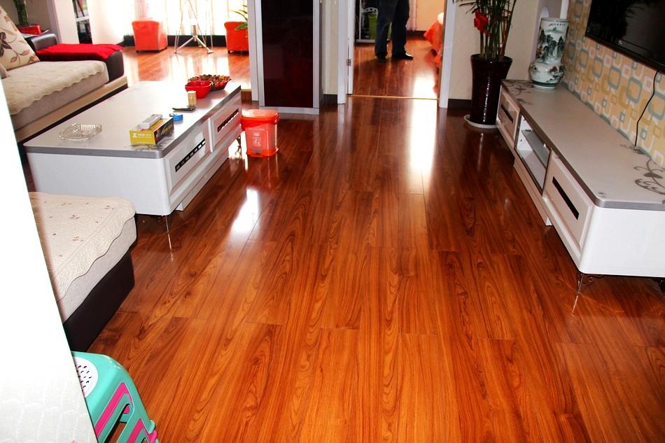[原创]圣象木地板为你打造简洁温馨的家