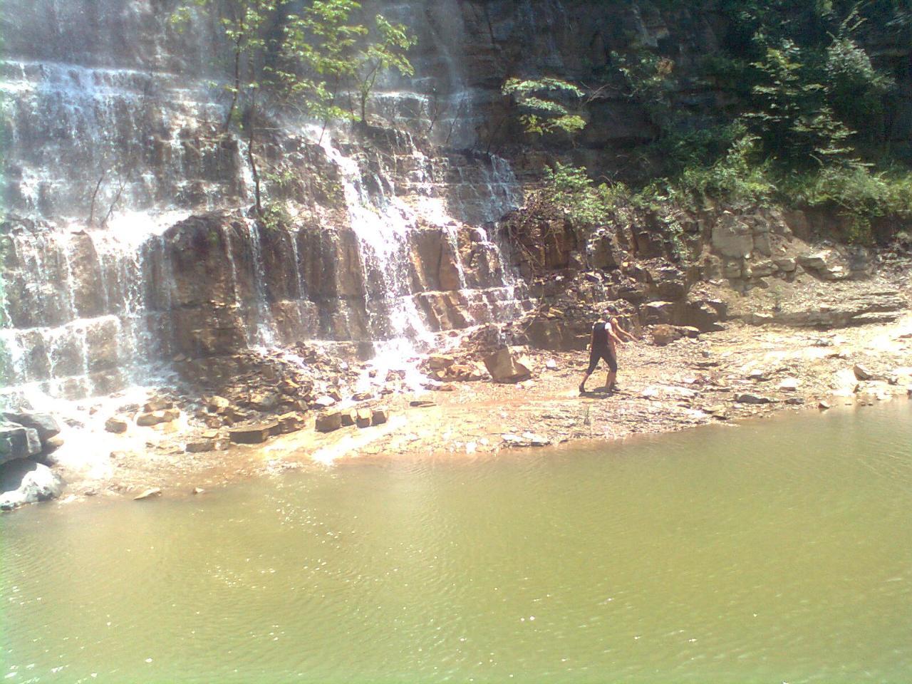 壁纸 风景 旅游 瀑布 山水 桌面 1280_960