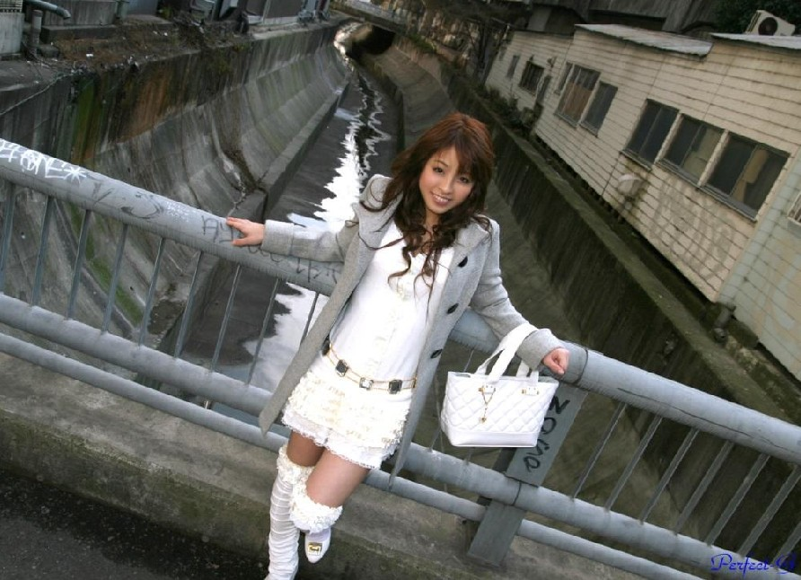 2; 少妇风情[14p];; lizongxia3 发表在美女贴图华声论坛http://bbs.