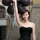 [原创]当红主播赵子琪清新唯美婚纱写真