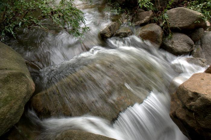 新县九龙潭自然风景区内容|新县九龙潭自然风景区版面设计