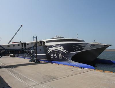 福建平潭至台中海上直航航线于去年11月30日开通,是大陆至台湾本岛