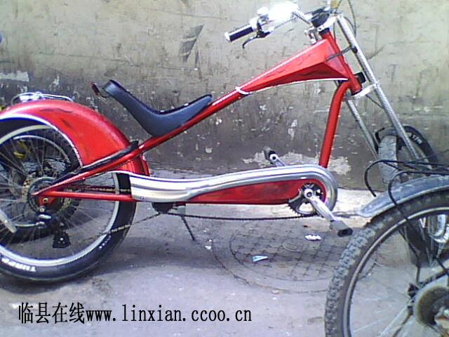 拍到的一个拉风自行车