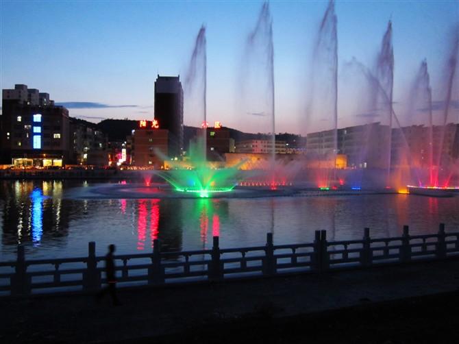 新葡京夜景*喷泉
