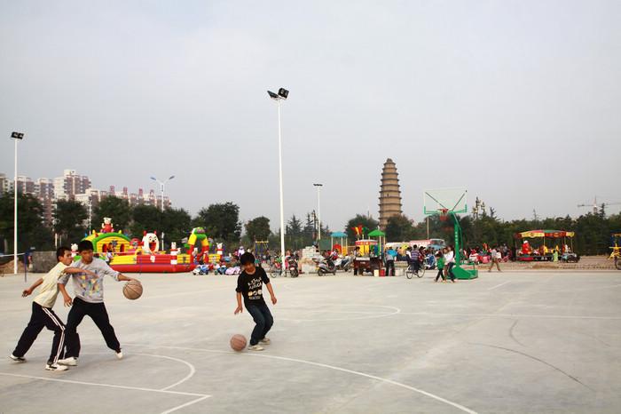 公园壹号群众游乐广场