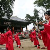 韩国成均馆大学举行仪式祭奠孔子和圣贤,阜城应该把文庙利用起来