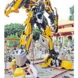 唐山购买废车造6.5米高大黄蜂