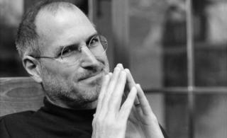 乔布斯辞世一周年:苹果渐行渐远