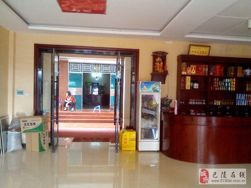 中洲乡鑫源大酒店的大闸蟹美味又实惠