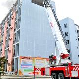 铜仁职院举行消防演练 场景逼真