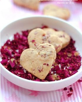 [分享]【玫瑰心形饼干】七夕 让玫瑰花甜在心