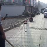 [转贴]今日9点左右,发生在贵州省遵义市的惨案。