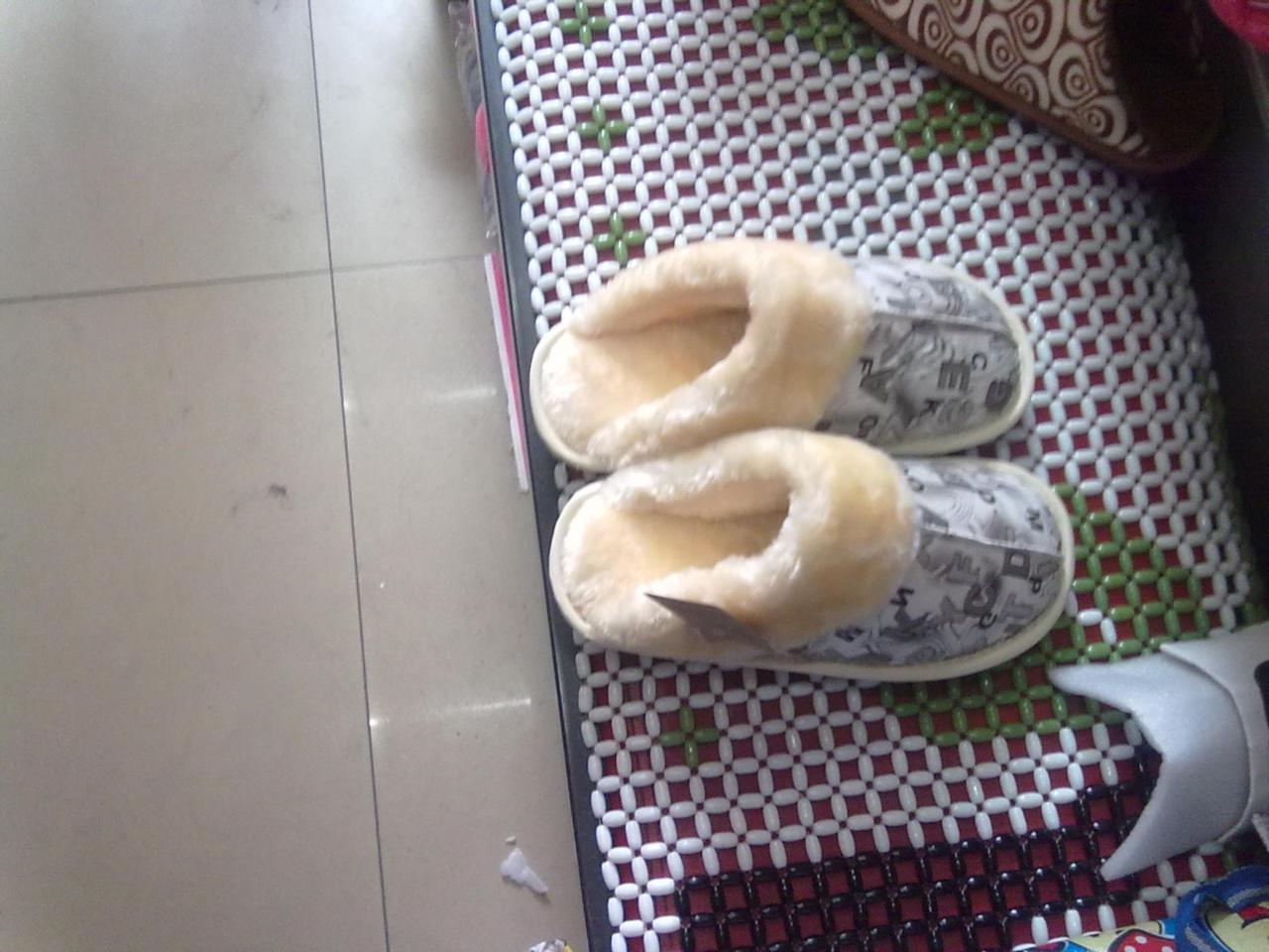 [原创]本人批发冬季拖鞋,有意的看下,价格适合,质量过硬,