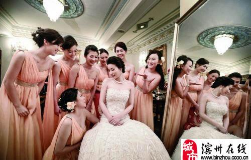郭晶晶和霍启刚婚礼,让人大饱眼福!