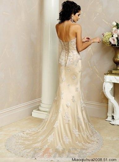 婚纱、婚纱。。。每个女孩都要有一件自己的婚纱。