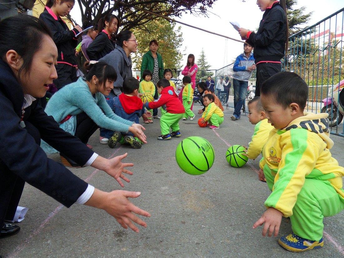 社旗县小哈佛幼儿园运动会图片