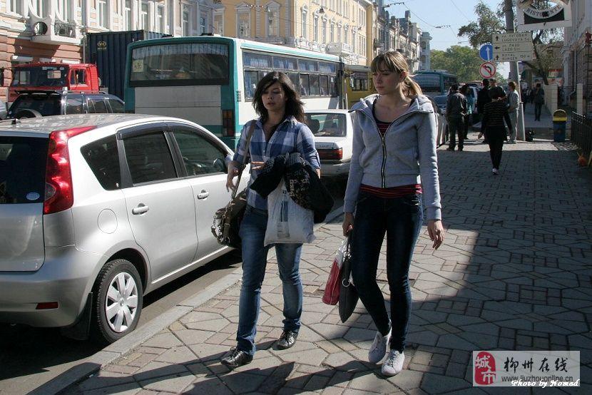 街拍俄罗斯美女