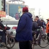 [原创]武邑县城南十字街北一汽车与一电动车发生碰撞