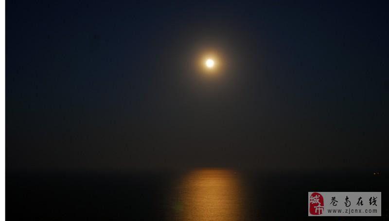 月夜蒲门海