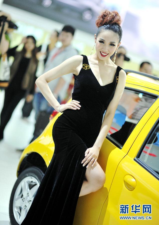2012广州车展车模惊艳亮相