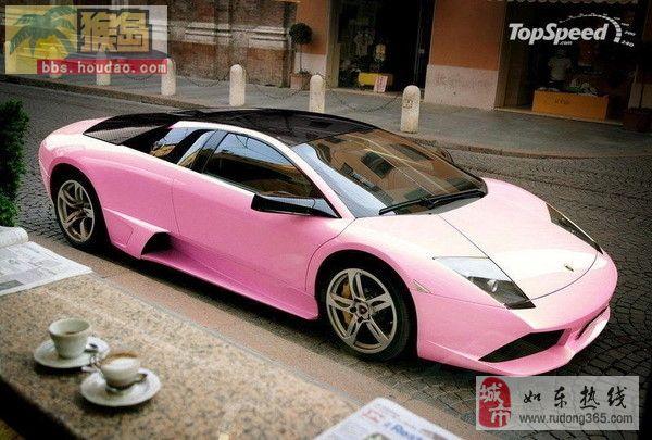 粉色豪车配美女