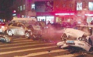 11·27浙江威尼斯人官网抢劫撞车案