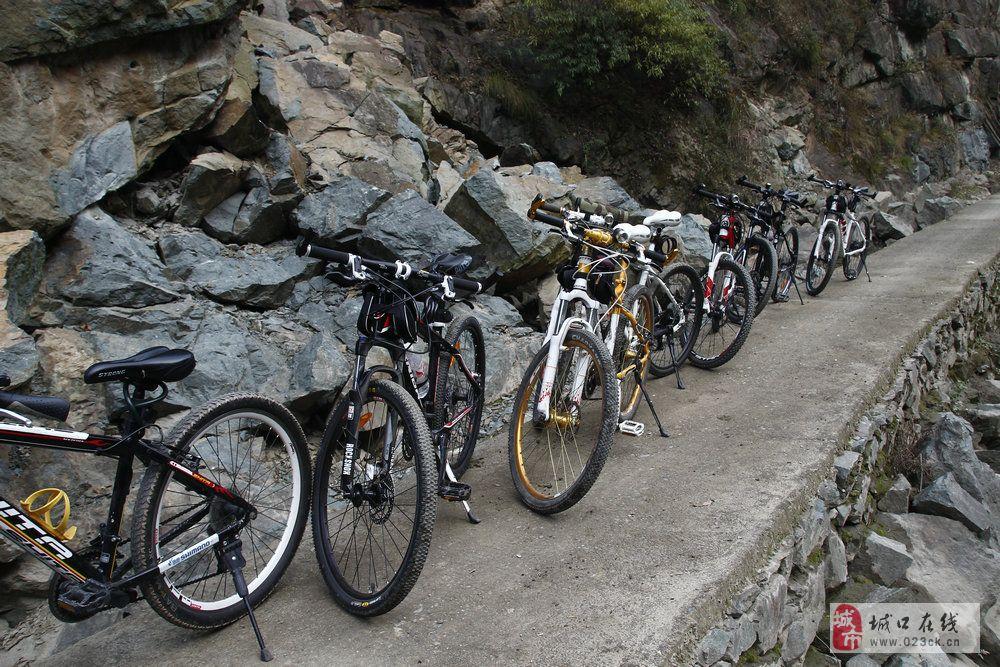 自行车队城口县蹇家湾之旅