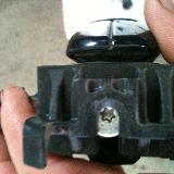 [原创][汽车养护]福特-福克斯右前门外拉手拆卸方法