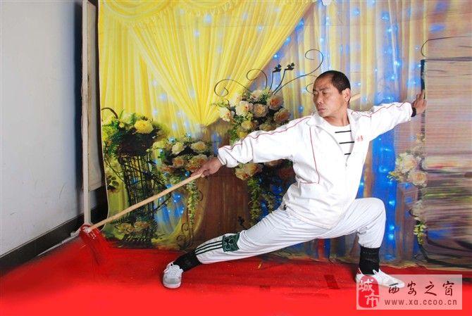 秦岭野生动物园旁招生,常年招收各类武术爱好者。