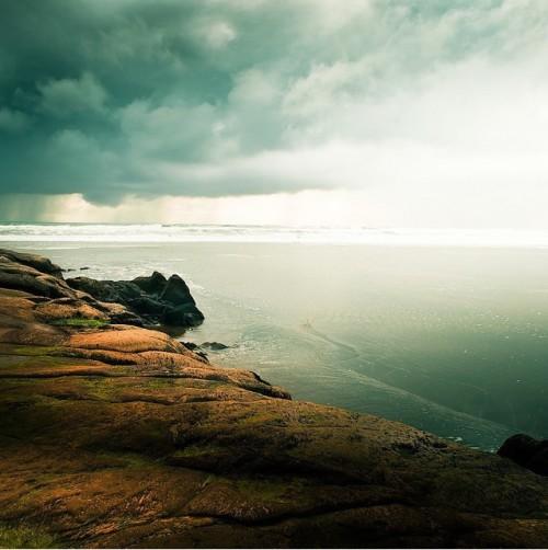 突然想看海