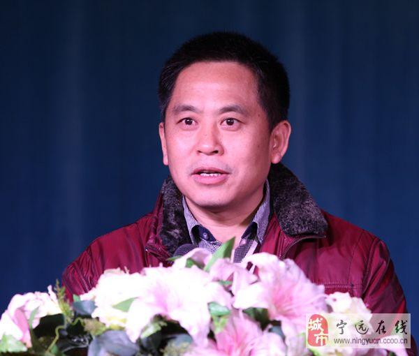 澳门新葡京赌场县杨新平、唐杰出席湖南省民俗摄影协会第一届理事会