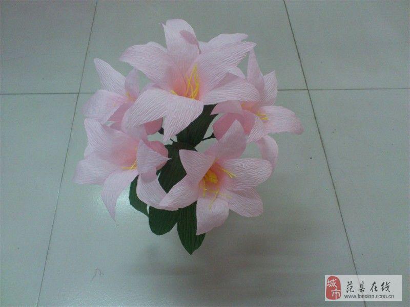 皱纹纸花的折法 简单百合花展示