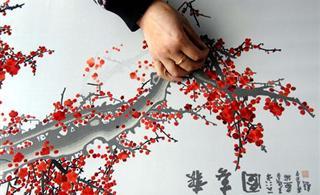 指尖的艺术:回族刺绣绣出致富路