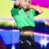 [分享]韩国女团F(x)华丽回归 宋茜秀完美腹肌