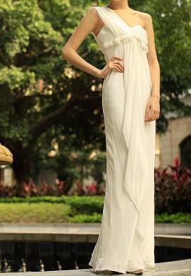 [贴图]修身系类拖地裙摆的设计更显高挑身材