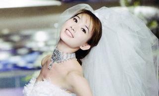 林志玲绝艳甜美浪漫婚纱照