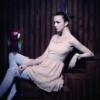 2012春夏的设计师主题鲜明突出,男装商务系列及女装OL系列的新款设计
