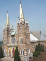 清苑县东吕乡的大教堂远近闻名