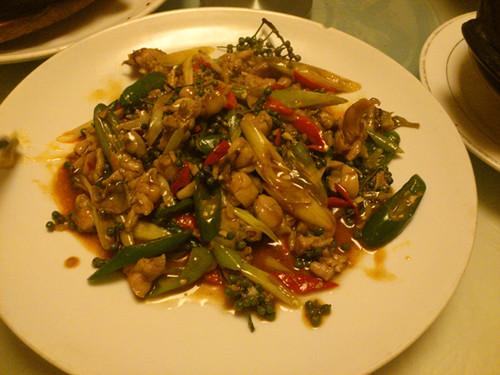 和同事去砂锅老店聚餐看着这饭菜就有食欲哈哈哈