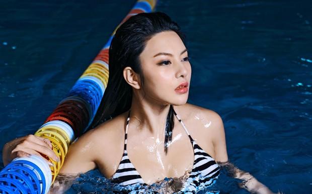 美胸女王冯雨芝