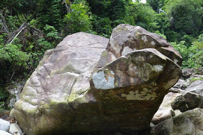 [推荐]琼海:黎伍瀑布――旅游探险的好地方