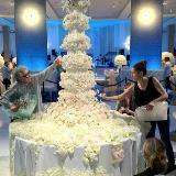 [分享]奢�A的�Y婚蛋糕!