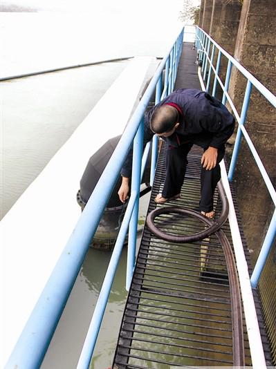 漳州二水厂水源油污污染芗城东部多个小区