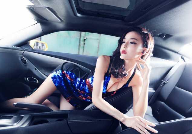 【清凉美图】车模李颖芝 李颖芝图片 李颖芝个人资料