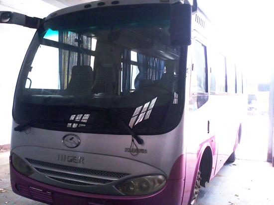 27座金龙中巴车(低价急卖)