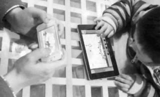 电子产品影响儿童身体健康3岁前尽量不要玩Pad